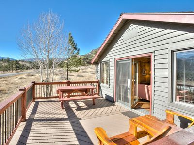 Photo for Sleeps 5, 2 bedrooms, 2 bathrooms. No pets allowed.  Beautiful Cabin Less Than 5 Minutes Away From T