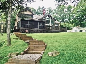 Photo for Beautiful Lakefront Home Minutes From Lake Geneva