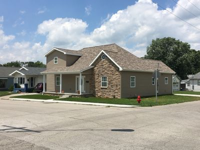Beautiful 5 BR 2 1/2 Bath Completely remodeled