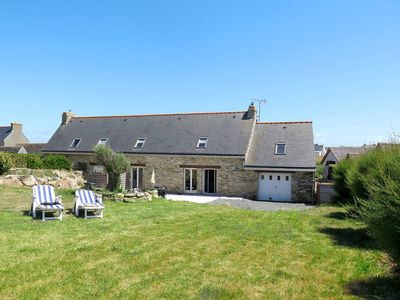 Photo for Vacation home in Pouldreuzic, Finistère - 4 persons, 2 bedrooms