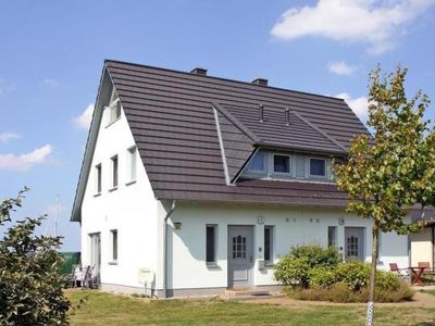 Photo for Semi-detached house, Vieregge  in Rügen - 6 persons, 2 bedrooms