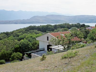 Photo for Comfortable and spacious apartment with terrace and sea view Bošana, Pag (A-6434-a)