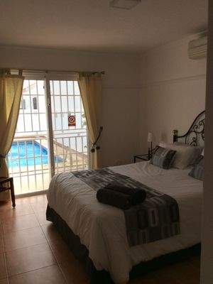 Photo for Spacious 4 bed villa with private pool, excellent location