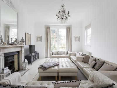 Photo for Luxury London Eight Bedroom Detached House in Streatham South West London