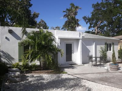 Photo for Secluded Escape Sleeps 4 - Historic Miami Area