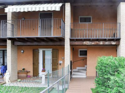 Photo for Apartment Berto (LAZ610) in Lazise - 4 persons, 2 bedrooms