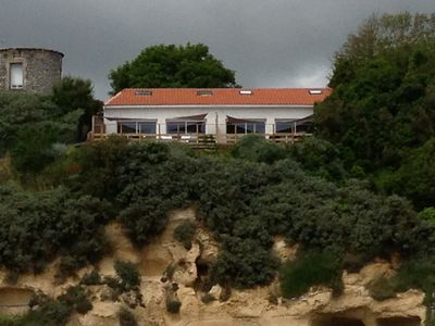 Photo for Stunning sea house with quiet terrace