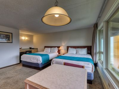 Photo for Marvelous dog-friendly room w/shared indoor pool & beach access!