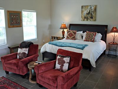 Photo for Running Horse Cottage - Hill Country Views - 10 Mins to Downtown Fredericksburg