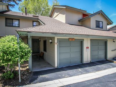 Photo for Apartment in Big Bear Lake with Parking, Internet, Washing machine, Balcony (983478)