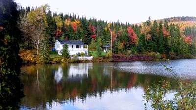 Photo for Nice cottage 20 minutes north of Quebec, private lake and nature at is best.