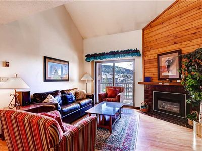 Photo for Charming condo with on-site amenities including a pool, hot tubs & winter shuttle