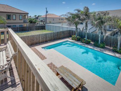 Photo for Cozy, three-level house w/ sparkling pool, fenced yard, deck - walk to the beach