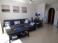 Lovely apartment very conveniently located a short distance from the marina in Los Gigantes.