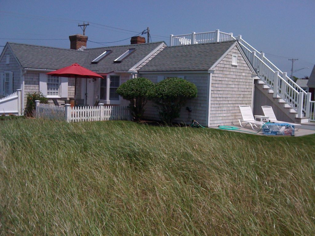 cottages provincetown condo beach ma vacation in front rental cod id cape