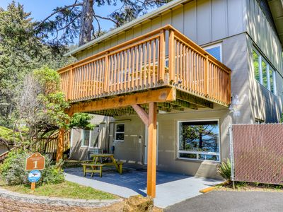 Photo for Remodeled waterfront duplex w/ a deck, ocean views, and easy access to town!