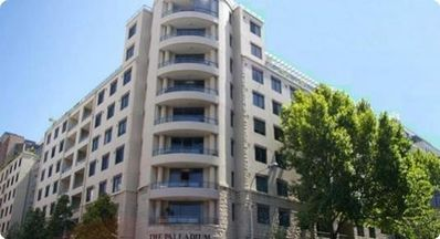Photo for Pyrmont 1 bedroom modern fully self-contained apartment - easy access to Syd CBD