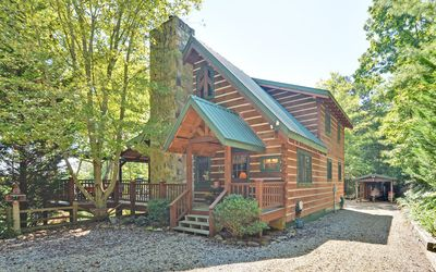 Photo for NEW LISTING!!!  Mountain top log home minutes from Blue Ridge and Blairsville.