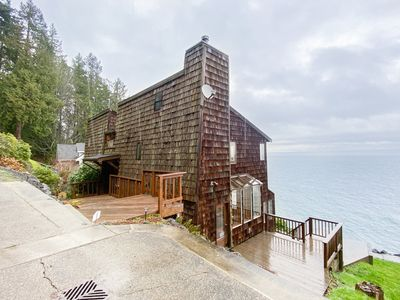 Photo for NEW LISTING! Waterfront & view home w/ beach access, fireplace & WiFi!