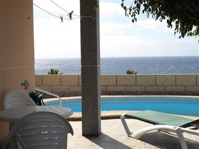 Photo for Lovely apartment with private pool, WIFI, TV, washing machine, pets allowed and parking