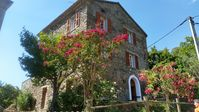 Very well equipped, original Corsican house with a wonderful view