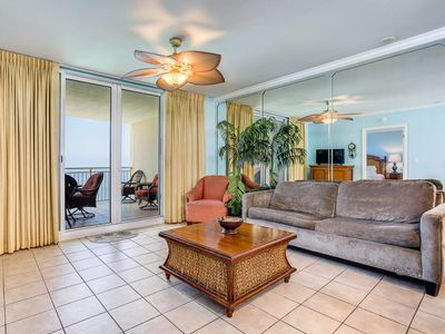 Photo for Picture-perfect gulf-front condo! Free Wi-Fi. Starbucks on-site! Minutes to Pier Park!