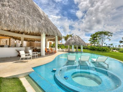Stylish Golf View Villa with Hot Tub in Cap Cana Resort