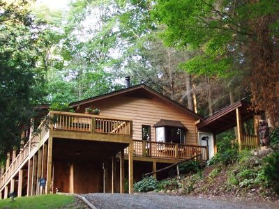 Photo for Fern Hill Overlook, Fantastic Views, Hot Tub, Private setting