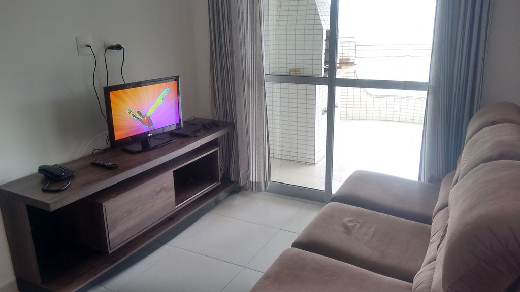Beautiful, New, Large, 60m to the Beach, Sea View, 2 Bedrooms, Suite, Pools