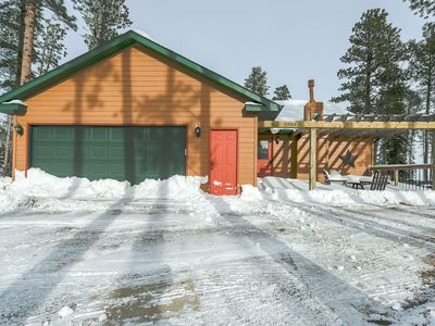 Photo for Wonderful 5BR Cabin Close to Deadwood and local Trails!