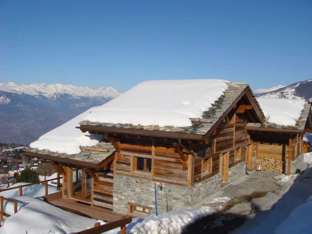 Modern Zwitsers Chalet : 6 * luxe 6 bed 6 bad ski chalet in four val homeaway