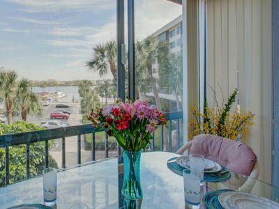 Photo for Harbor Towers Bay View, pools, tennis, gated, high speed WiFi, Parking