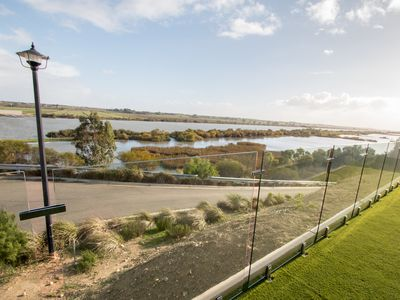 Photo for 'Serenity' and sweeping Murray River views