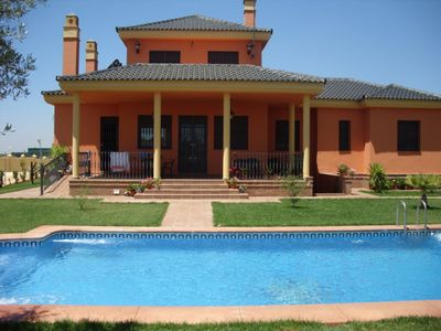 Photo for Country house in Sevilla, Alcalá de Guadaíra