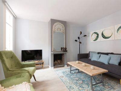 Photo for Lovely 2-Bed penthouse in the lovely Gràcia.