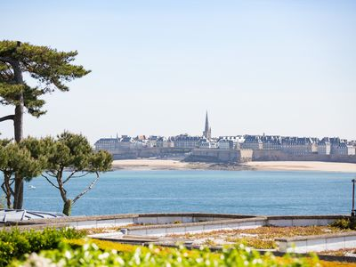Photo for In front of the corsair city of Saint Malo