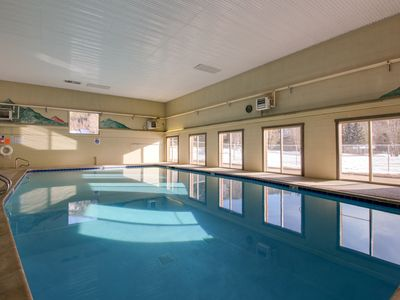 Photo for Cozy condo in a great location w/ shared pool, hot tub & tennis courts!