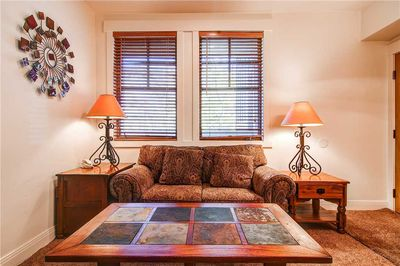 Comfortable seating - ParkCityLodging_TownPointeC106_Living_1