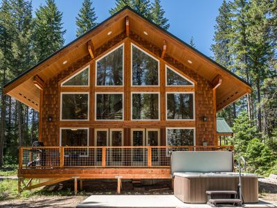 Photo for Gorgeous newly built cabin, sleeps up to 6 guests with river access within 100ft