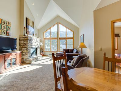 Photo for Penthouse mountain condo w/ shared pool, hot tub, & fitness!