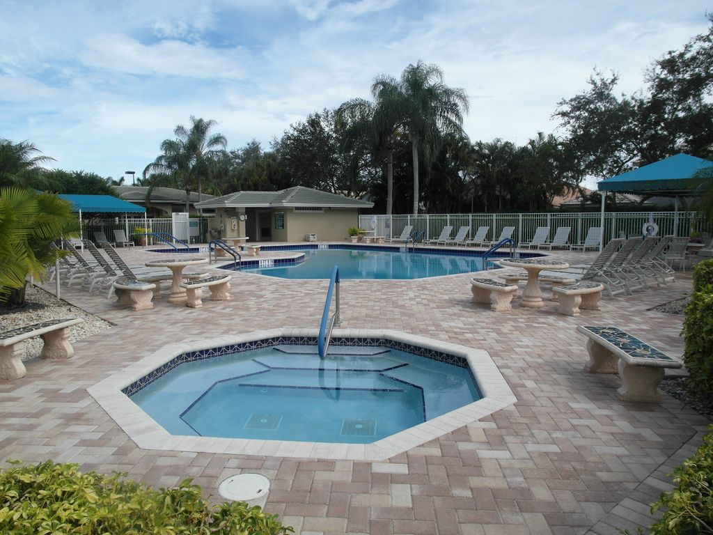 Delray Beach 3 2 Gated Tennis Priv Salt Pool Wifi Netflix Polo Trace Jog Road Florida