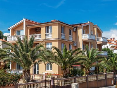 Photo for Holiday apartment 200m from the beach with air conditioning