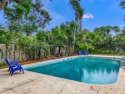 Photo for Spacious 2 story pool home! Perfect for entertaining and pets welcome