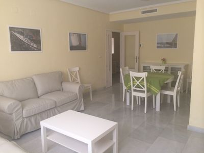 Photo for 3 bedrooms and 2 full bathrooms, very comfortable and well equipped.