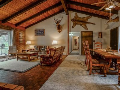 Photo for Serene, Spacious 4 BR Cabin / Forest Scenery / Central Location!