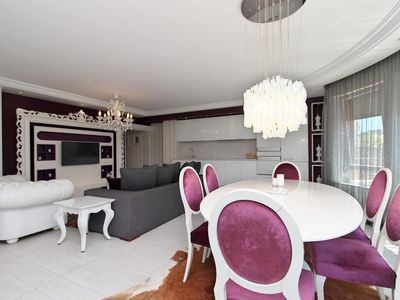 Photo for 2 Bedroom Boutique Apartment