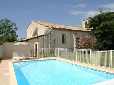 Photo for Superb holiday home with private pool in the heart of a very quiet town