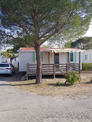 Photo for Mobil - Home 6 persons air-conditioned in camp-site 4 * LA MARINE GRAU DU ROI