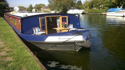 Photo for Luxury wide beam boat Henley-On-Thames, winner of 'Four In A Bed' Channel 4.