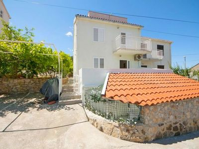 Photo for Apartments Jasenka, (15662), Supetar, island of Brac, Croatia
